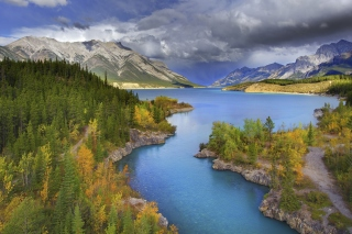 Обои Banff National Park in Canada на телефон Huawei Ascend X