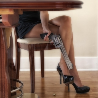 Обои Girls Legs and Revolver на iPad