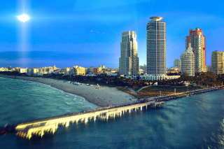 Обои Miami Beach with Hotels для Widescreen Desktop PC 1680x1050