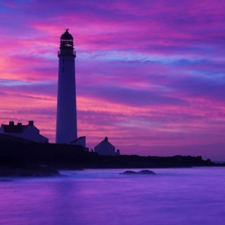 Обои Lighthouse under Purple Sky на телефон iPad