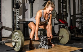Обои crossfit, woman, workout, dumbbell, weight lifting, chains, legs