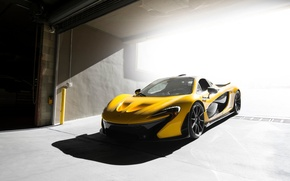 Обои McLaren, Figth, Supercar, Front, Yellow, Ligth