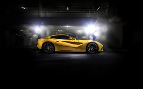 Обои Ferrari, black, yellow, F12
